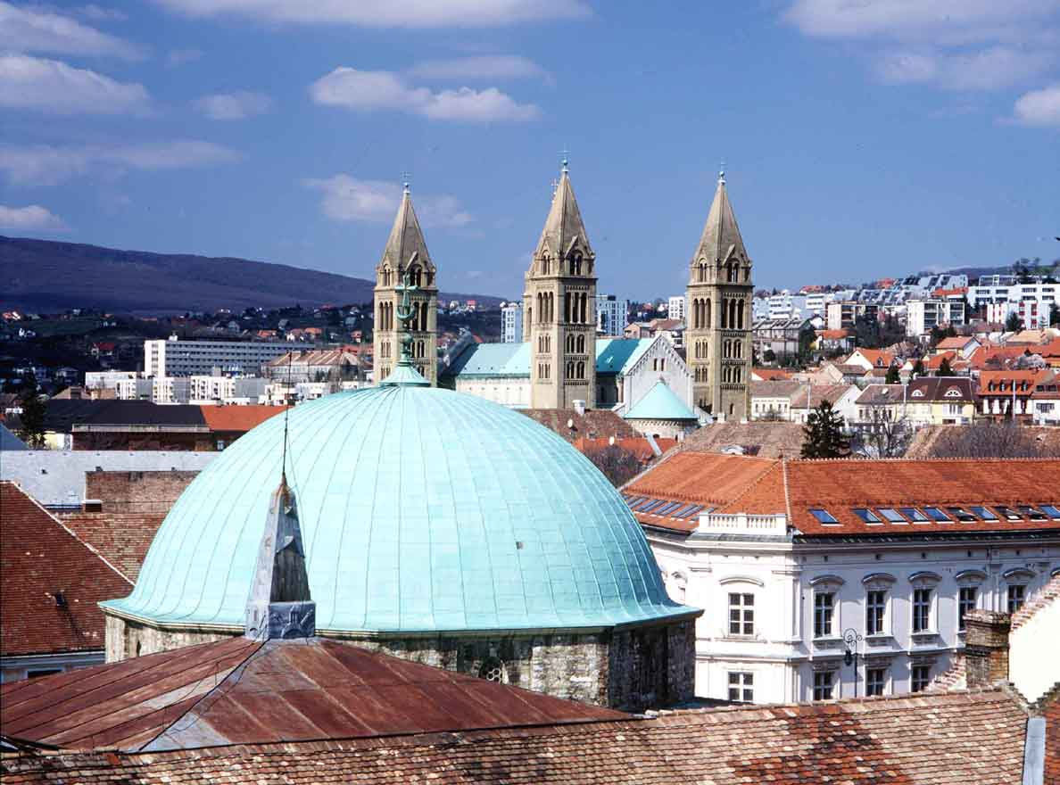 Famtrip destinos turisticos en hungria hungria y sus rutas for Oficina turismo budapest